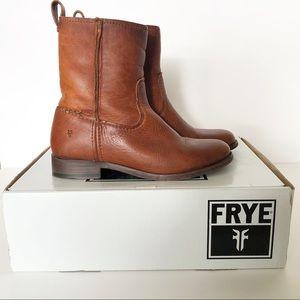 FRYE Cara Short Mid Calf Riding Boots Size 6